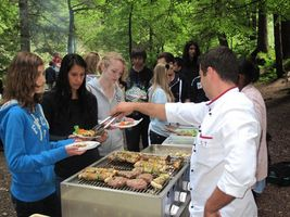 barbecuing-during-the-summer-courses-50